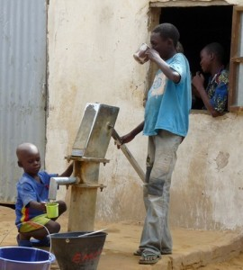 <center>Water Well at our existing school in N'Djamena, Chad</center>